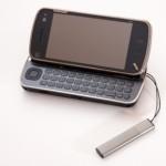 Bisnis Pulsa Telepon Seluler Yang (Masih) Menggiurkan
