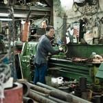 Kisah Buruh Pabrik yang Berhasil Menjadi Miliarder di Hong Kong
